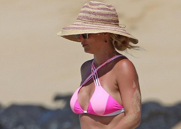 Britney Spears: Δες το σώμα της με μαγιό… χωρίς photoshop! Φωτογραφίες