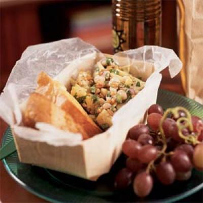 Σαλάτα με σιτάρι και αγκινάρες
