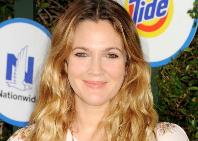 Γιατί η Drew Barrymore βάφει τα μάτια της πριν πέσει για ύπνο! | tlife.gr