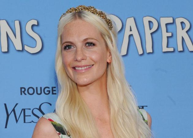 Η Poppy Delevingne έχει τώρα ένα χρώμα στα μαλλιά της που θα ζηλέψουν όλες οι ξανθιές! | tlife.gr