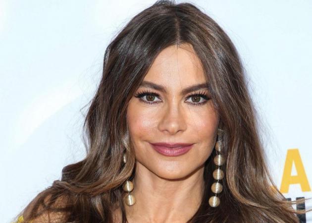 Η Sofia Vergara έκοψε αφέλειες και είναι ακόμη πιο sexy! PS: θα θες να τις κάνεις κι εσύ!