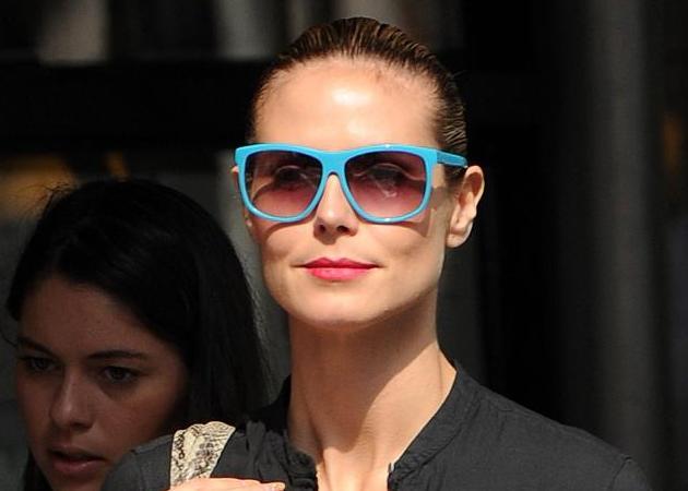 Νέα beauty ιδέα! Κραγιόν που κάνει αντίθεση με τα γυαλιά ηλίου σου! | tlife.gr
