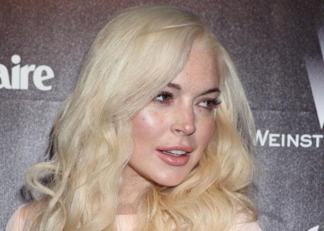 Η Lindsay Lohan έγινε κοκκινομάλλα (ξανά!). Δες εδώ το νέο της look!