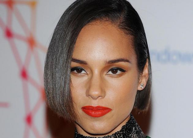 Μάντεψε! Και η Alicia Keys έκανε pixie cut! | tlife.gr