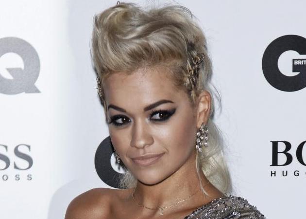 How to! Πώς να κάνεις το mohawk χτένισμα της Rita Ora!
