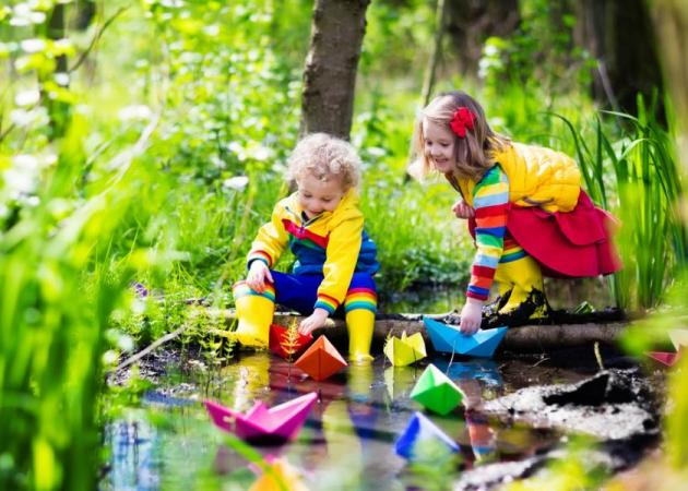 Άνοιξη: Πώς να εκμεταλλευτείς τις ηλιόλουστες ημέρες παρέα με το παιδί σου