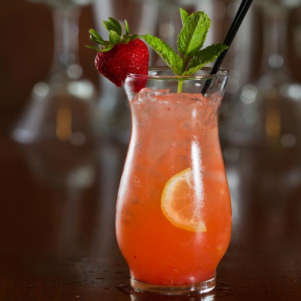 Αφρώδες cocktail φράουλας