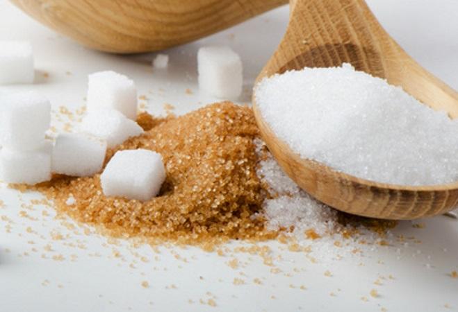 Λευκή VS καστανή ζάχαρη: Ποια είναι τελικά πιο υγιεινή; | tlife.gr
