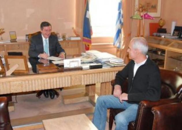 Υπογράφηκε το πρώτο Σύμφωνο Συμβίωσης μεταξύ δυο ανδρών στην Αθήνα!   tlife.gr