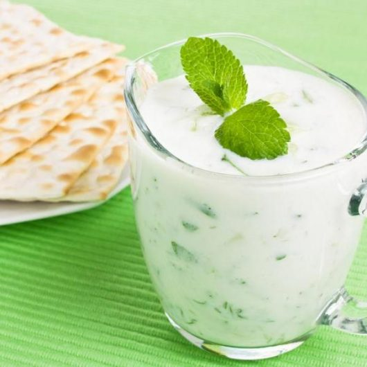 Dip γιαούρτι με λεμόνι και δυόσμο | tlife.gr