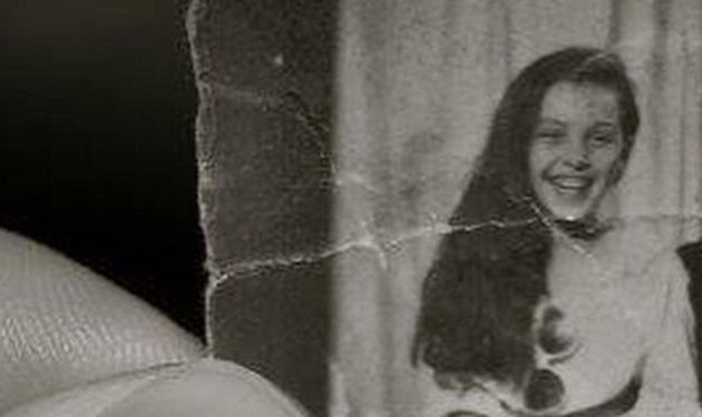 Η μικρούλα της φωτογραφίας μεγάλωσε κι έγινε πασίγνωστη τραγουδίστρια! | tlife.gr