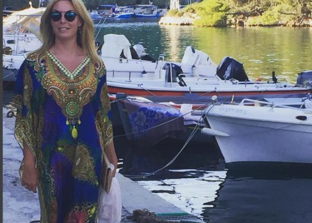 Tατιάνα Στεφανίδου: Με την Λυδία στη θάλασσα! [pic]