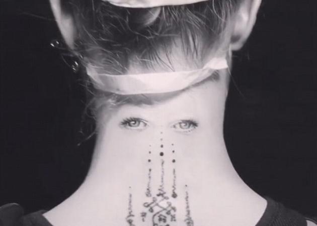 Ποια celebrity έκανε αυτό το… ανατριχιαστικό τατουάζ; | tlife.gr
