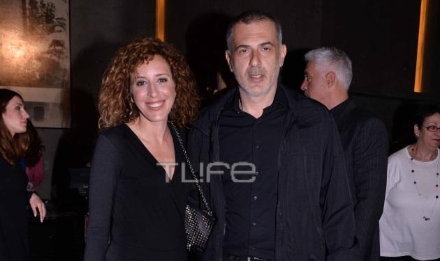 Γιάννης Μώραλης: Στο θέατρο με την σύζυγό του Βάλια! | tlife.gr