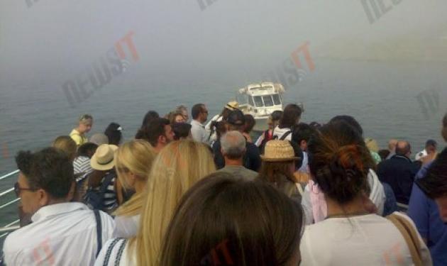 Συναγερμός στο λιμάνι της Τήνου! Καταμαράν γεμάτο τουρίστες προσάραξε στα βράχια | tlife.gr