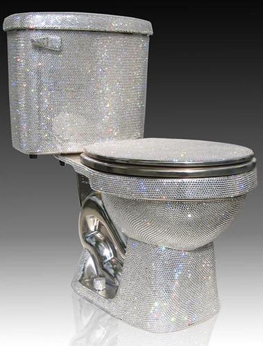 Πετάξτε τα προβλήματα στην τουαλέτα και τραβήξτε το καζανάκι | tlife.gr