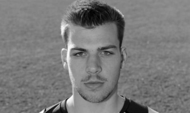 Θρήνος στο παγκόσμιο ποδόσφαιρο – Πέθαναν δυο αθλητές 32 και 21 ετών