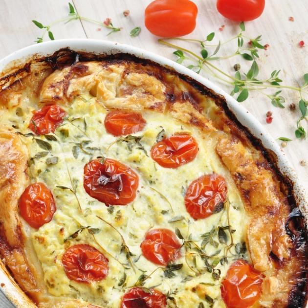 1   Ξεσκέπαστη πίτα ντομάτα/κολοκύθι