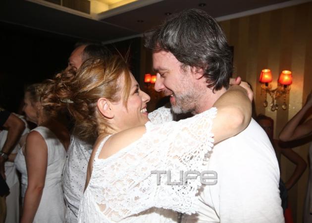 Μαριάννα Τουμασάτου: Τρυφερά τετ α τετ με τον Αλέξανδρο Σταύρου μετά την πρεμιέρα της! | tlife.gr