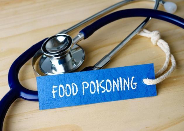 Πώς θα καταλάβεις ότι το παιδί σου έπαθε τροφική δηλητηρίαση;   tlife.gr