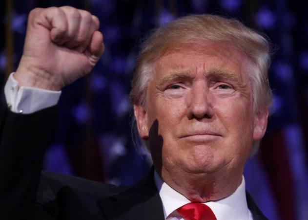 """Ντόναλντ Τραμπ: """"Οι Ρεπουμπλικάνοι είναι η πιο χαζή ομάδα ψηφοφόρων στη χώρα"""""""