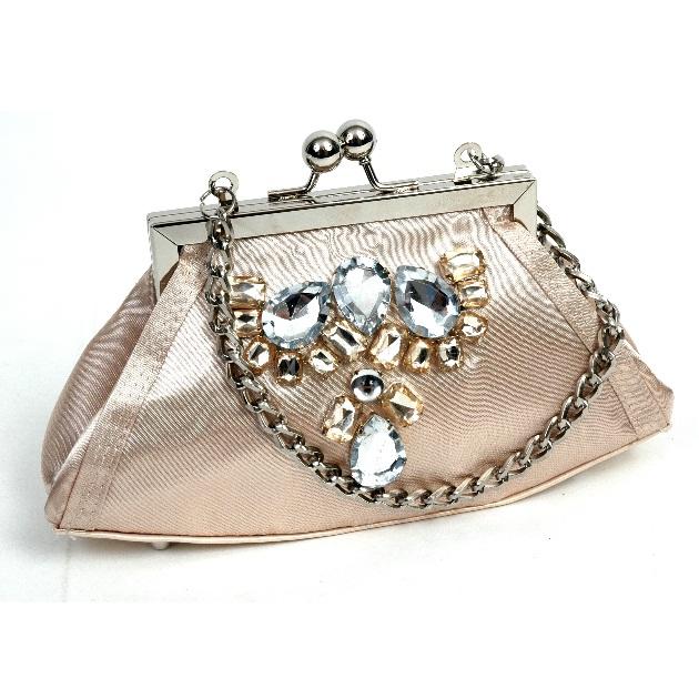 9 | Ροζ τσαντάκι με απλικέ λεπτομέρεις Doca