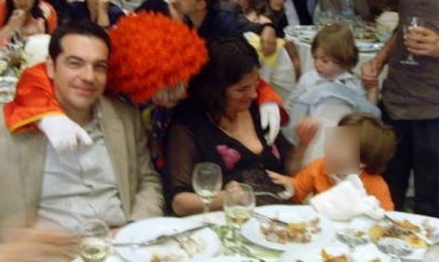 Α. Τσίπρας: Σε γάμο στο Αγρίνιο με την έγκυο σύζυγό του