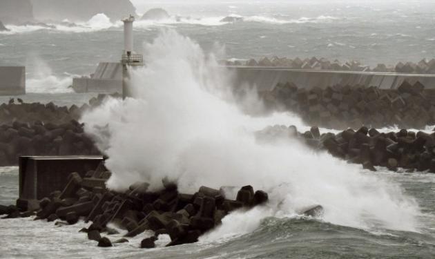 Δυο νεκροί από το φονικό τυφώνα την Ιαπωνία | tlife.gr