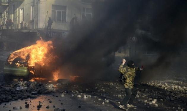 Φλέγεται το Κίεβο – Νεκροί διαδηλωτές και εκατοντάδες τραυματίες | tlife.gr