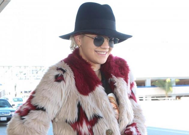 O Tommy Hilfiger ντύνει τη Rita Ora