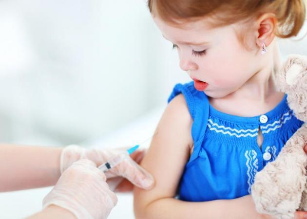 Εμβολιασμός: Γιατί τα παιδιά χρειάζεται να κάνουν τόσα πολλά εμβόλια | tlife.gr