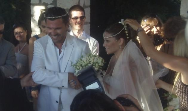 Βασιλόπουλος – Βεντούρα: Παντρεύτηκαν στην Κεφαλονιά! Δες φωτογραφίες | tlife.gr