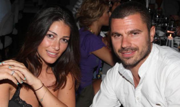 Χ. Βασιλόπουλος: Δουλεύει σαν σερβιτόρος για να πετύχει τ' όνειρό του! | tlife.gr