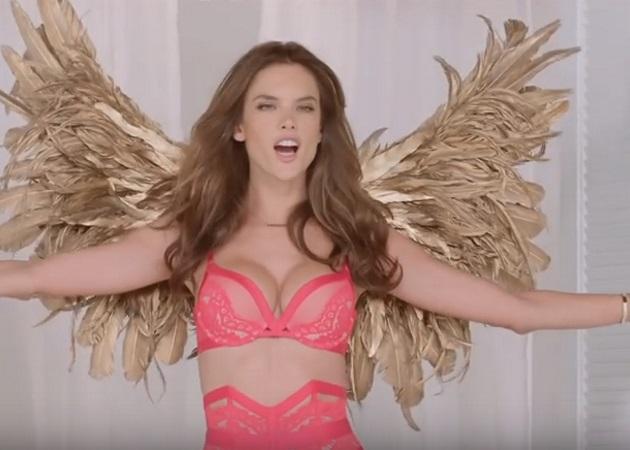 Οι Άγγελοι της Voctoria's Secret μετρούν αντίστροφα για τα Χριστούγεννα! Βίντεο