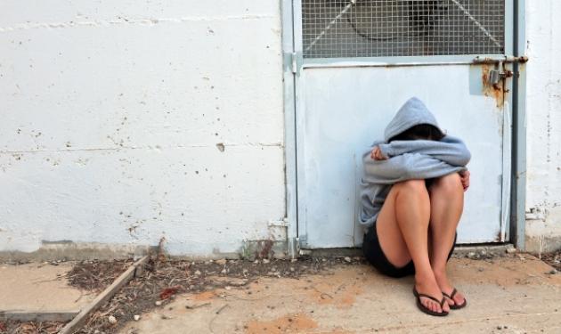 Καλαμάτα: Αποπλάνησαν και βίασαν την 8χρονη ξαδέλφη τους!   tlife.gr