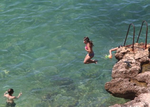 Καιρός: Έκτακτο δελτίο από ΕΜΥ! Καύσωνας διαρκείας! | tlife.gr