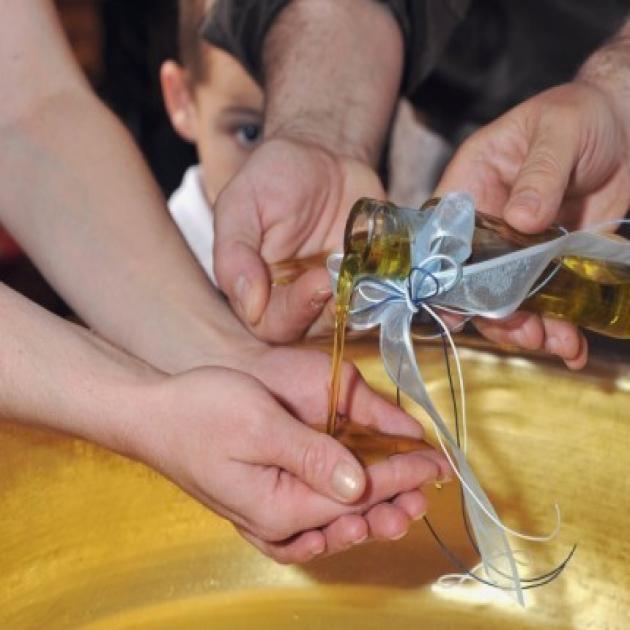 Βοιωτία: Το γλέντι της βάπτισης έκρυβε την ίδια παγίδα για όλους – Στο νοσοκομείο 40 άτομα!   tlife.gr