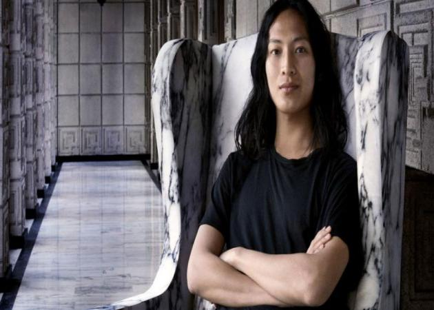 Alexander Wang: Αποχωρεί από τον οίκο Balenciaga! | tlife.gr