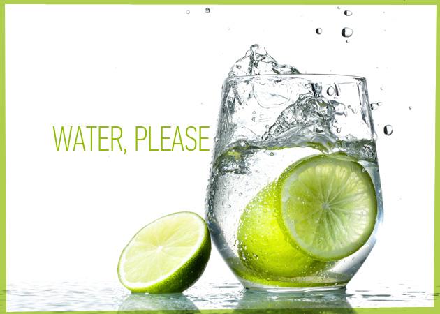 Πότε να πίνεις νερό της βρύσης, πότε μεταλλικό και πότε ανθρακούχο; Smart tips για να αδυνατίσεις