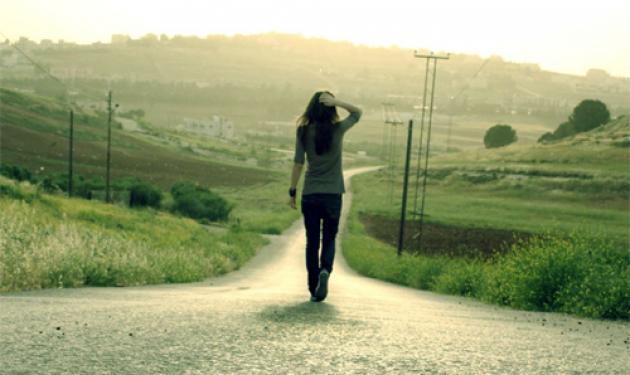 Το πως περπατάτε δείχνει τι είδους οργασμό έχετε | tlife.gr