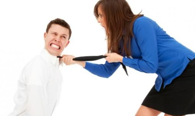 Σωματική κακοποίηση αντρών από τις γυναίκες τους; | tlife.gr
