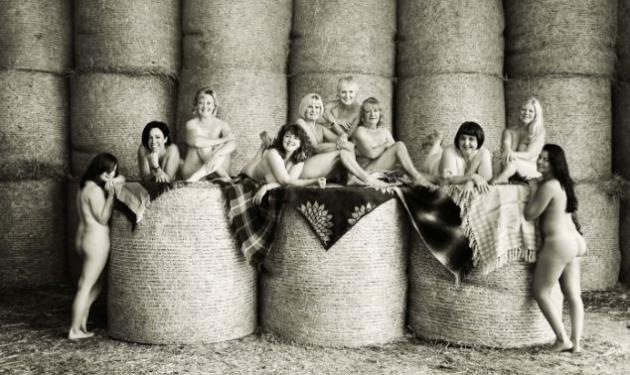 Οι γυναίκες του χωριού, ποζάρουν γυμνές για καλό σκοπό! Φωτογραφίες