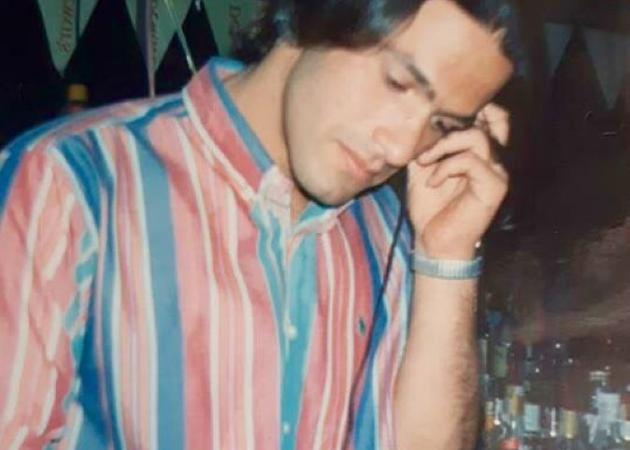 Είναι γνωστός δημοσιογράφος και παρουσιαστής πολλά χρόνια πριν! | tlife.gr