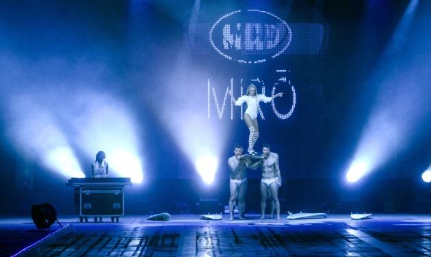 Xenia Ghali: Η μουσική αποκάλυψη του Μadwalk – Δες βίντεο με τις συνεργασίες της βραδιάς | tlife.gr