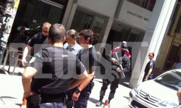 Βγαίνει από την φυλακή ο Σάββας Ξηρός | tlife.gr