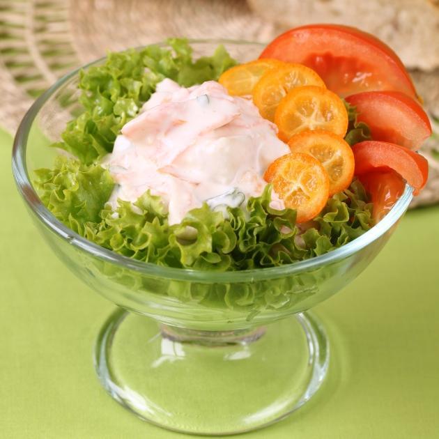 Σαλάτα με σος γιαουρτιού