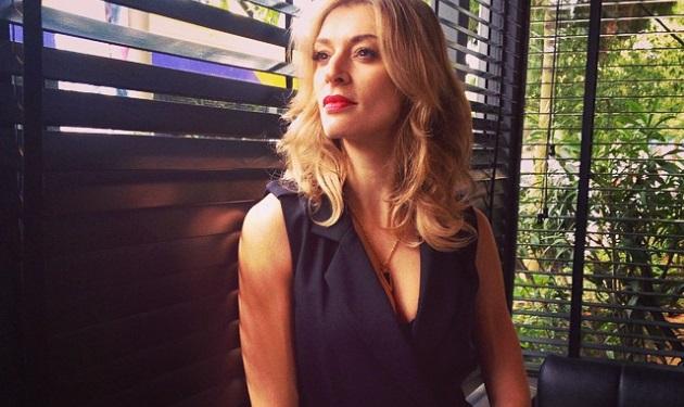 Ζέτα Δούκα: Ξεκίνησε διακοπές και «κόβει ανάσες» ποζάροντας μόνο με το μαγιό της! | tlife.gr