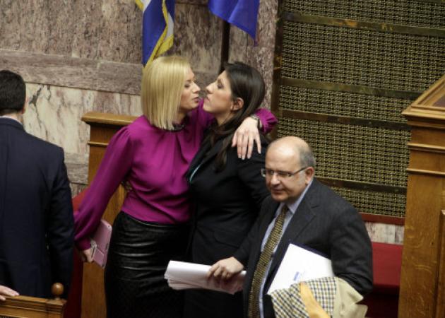 Ζωή Κωνσταντοπούλου – Ραχήλ Μακρή: Ο άντρας που μπήκε ανάμεσά τους!   tlife.gr