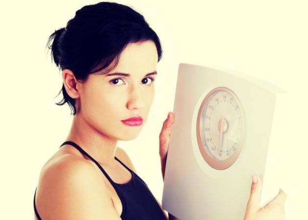 Η κακή συνήθεια που πρέπει να κόψεις για να χάσεις κιλά!   tlife.gr
