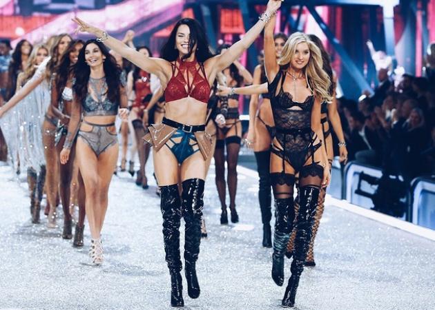 Το look της Victoria's Secret με τους 275,000 κρυστάλλους είναι ότι πιο WoW έχουμε δει